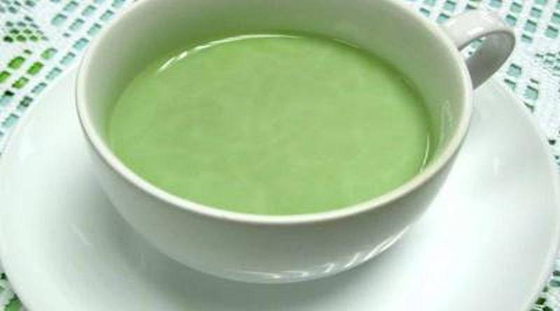 zeleni caj sa mlijekom