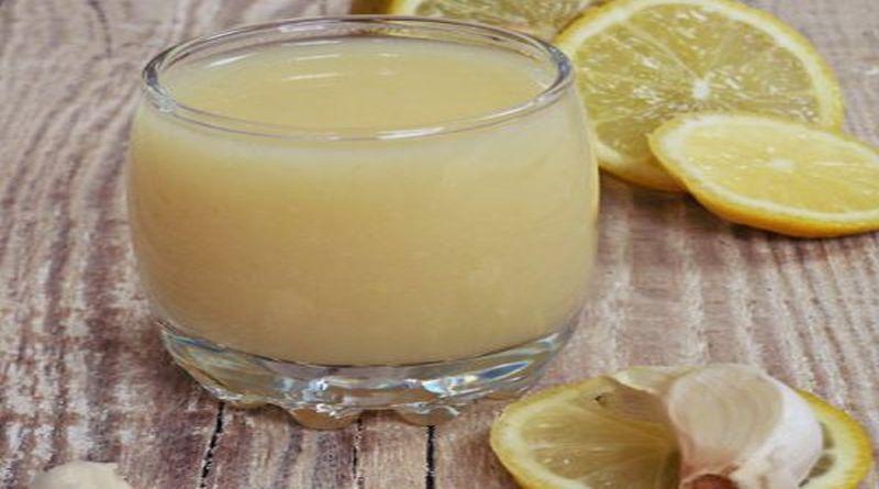 med cesnjak i limun