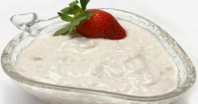 jogurt sa jagodom